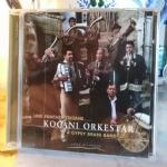 UNE FANFARE TSIGANE - a gipsy  brass band - KOCANI ORKESTAR