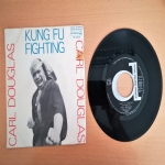 Kung Fu Fighting - Gamblin' Man